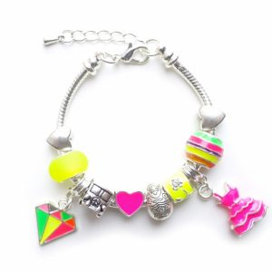 lauren hinkley tropical bracelet - Gift ideas for 7 to 9 year olds - Gift Grapevine