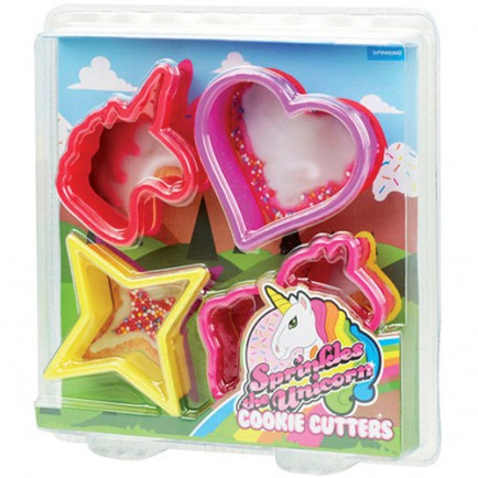 unicorn cookie cutter set - 15 gift ideas for kids crazy about unicorns - Gift Grapevine