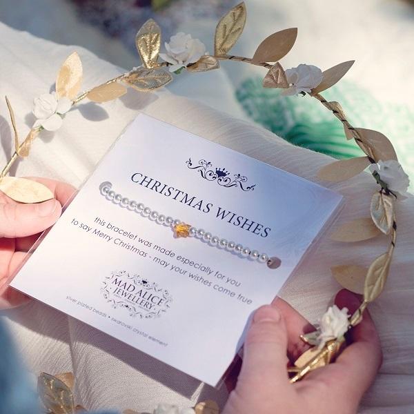 christmas-themed-gifts-christmas-bracelet
