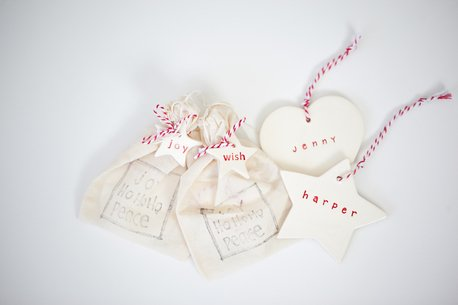 christmas-themed-gifts-clay-personalised-christmas-decoration