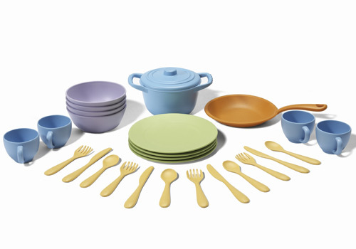 great-gifts-for-two-year-olds-green-toys-cookware-set