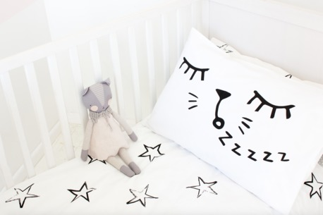 great-gifts-for-two-year-olds-sleepy-cat-pillowcase
