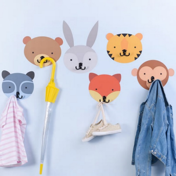gift ideas for kids - animal wall stickers and hooks