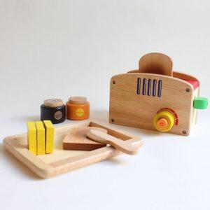 wooden pop up toaster set