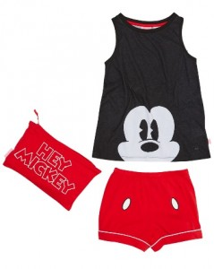 mickey pjs - Christmas Gift Ideas for 10 year olds - Gift Grapevine