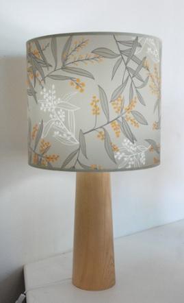 Wattle lamp