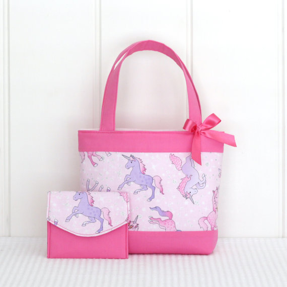 unicorn handbag and wallet - 15 gift ideas for kids crazy about unicorns - Gift Grapevine