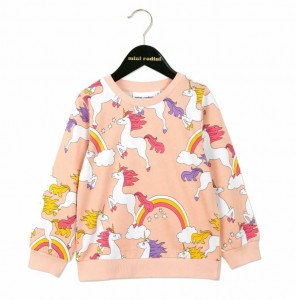 unicorn sweatshirt - 15 gift ideas for kids crazy about unicorns - Gift Grapevine