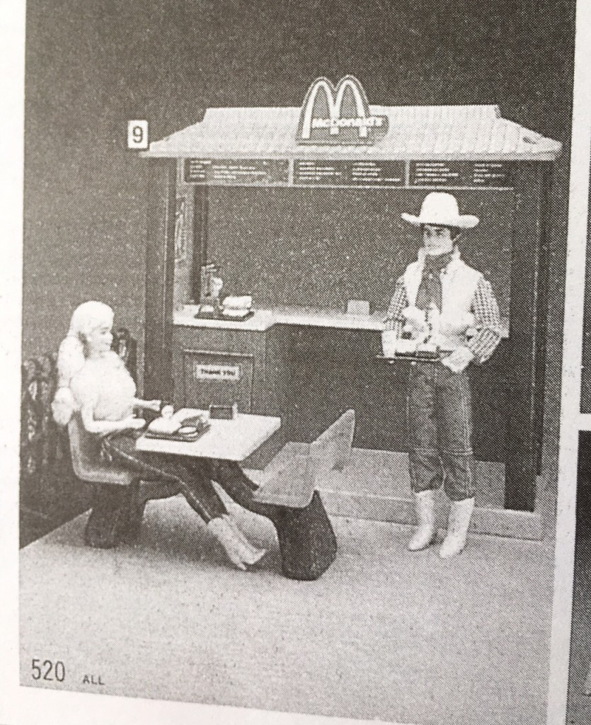 Gift Grapevine retro toys - Barbie and Ken at McDonalds