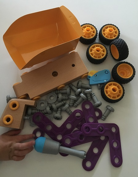 Djeco Zooblock Hippo Ben parts - Gift Grapevine review and giveaway