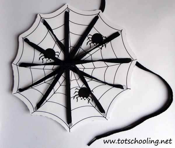 free-halloween-printables-halloween-lacing-cards