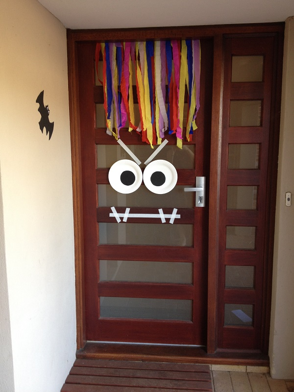 Free Halloween printables - front door decoration