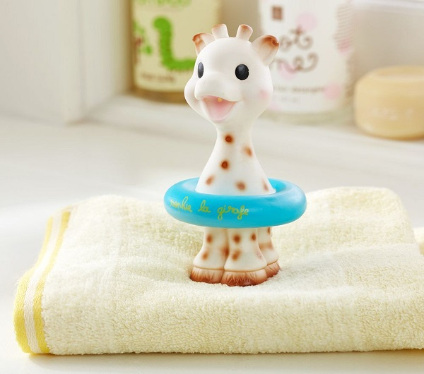 Bath time gifts for little ones - Sophie Bath Buddy