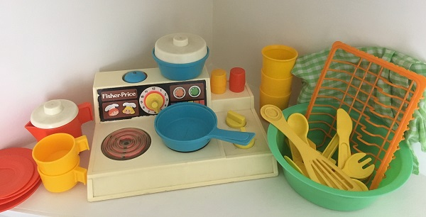 Toys my mum kept - Fisher Price cookware set