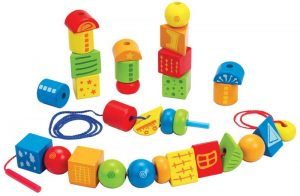 Three year old gift ideas - Hape string along shapes